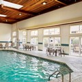 Swimming pool at Courtyard by Marriott Lansing