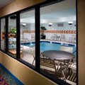 Swimming pool at Courtyard by Marriott Memphis / Collierville