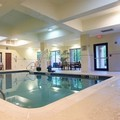 Swimming pool at Courtyard by Marriott Newark / Granville