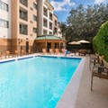 Swimming pool at Courtyard by Marriott Orlando Maitland