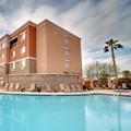 Swimming pool at Courtyard by Marriott Phoenix West / Avondale
