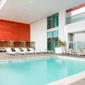 Swimming pool at Courtyard by Marriott Santa Monica