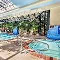 Swimming pool at Crowne Plaza Foster City