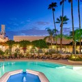 Swimming pool at Crowne Plaza Phoenix Chandler Golf Resort