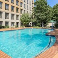 Swimming pool at Doubletree Atlanta Airport