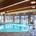 Swimming pool at Doubletree Cleveland South