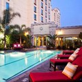Swimming pool at Doubletree Hotel Los Angeles / Commerce