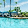 Swimming pool at Doubletree by Hilton Hotel Orlando Airport