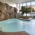 Swimming pool at Embassy Suites Columbus