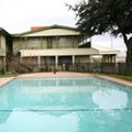 Pool image of Emerald Inn Expo