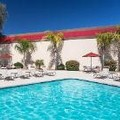 Swimming pool at Fairfield Inn & Suites Phoenix North