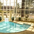 Swimming pool at Four Points by Sheraton Richmond