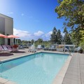 Swimming pool at Four Points by Sheraton Seattle Airport South