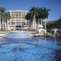 Swimming pool at Grand Wailea a Waldorf Astoria Resort