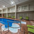 Swimming pool at Hôtel Et Suites Le Dauphin Drummondville