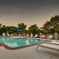 Swimming pool at Hampton Inn Cherry Hill / Voorhees