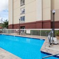 Swimming pool at Hampton Inn Leesburg