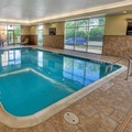 Swimming pool at Hampton Inn & Suites Rochester / Henrietta