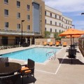 Swimming pool at Hampton Inn & Suites by Hilton Riverside / Corona