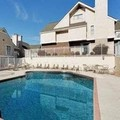 Swimming pool at Hawthorn Suites by Wyndham Miamisburg / Dayton Mal