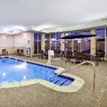Swimming pool at Hilton Garden Inn Detroit / Novi