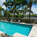 Swimming pool at Hilton Garden Inn Palm Beach Gardens