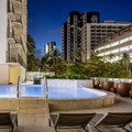 Swimming pool at Hilton Garden Inn Waikiki Beach