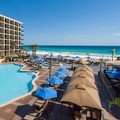 Swimming pool at Hilton Sandestin Beach Golf Resort & Spa