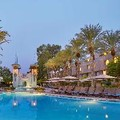 Photo of Hilton Toronto Airport Hotel & Suites Pool