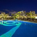 Swimming pool at Hilton Waikiki Beach on Kuhio