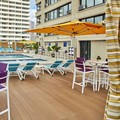 Swimming pool at Holiday Inn Express Honolulu – Waikiki