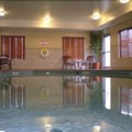 Swimming pool at Holiday Inn Express Hotel & Suites Limon I 70