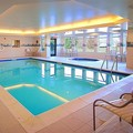 Swimming pool at Holiday Inn Express Hotel & Suites Medford Central