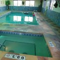 Swimming pool at Holiday Inn Express Hotel & Suites Raton