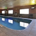 Swimming pool at Holiday Inn Express & Suites Defiance