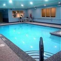 Swimming pool at Holiday Inn Express & Suites Rochester