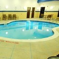 Swimming pool at Holiday Inn Express & Suites Washington Meadow Lands