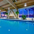 Swimming pool at Holiday Inn Montreal Longueuil