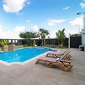 Pool image of Holiday Inn Reynosa Industrial Poniente