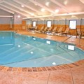 Swimming pool at Holiday Inn South Plainfield Piscataway