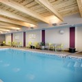 Swimming pool at Home2 Suites by Hilton Chicago / Schaumburg