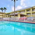 Swimming pool at Howard Johnson Corpus Christi