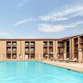 Pool image of Howard Johnson Express Inn