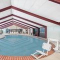 Swimming pool at Howard Johnson Inn