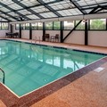 Swimming pool at Hyatt Place Itasca