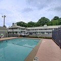 Swimming pool at Key West Inn Lafayette