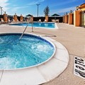 Swimming pool at La Quinta Inn & Suites Ft.worth Eastchase