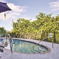 Swimming pool at La Quinta Inn & Suites Sebring
