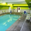 Swimming pool at La Quinta Inn & Suites Tumwater / Olympia