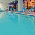 Pool image of Laguardia Plaza Hotel